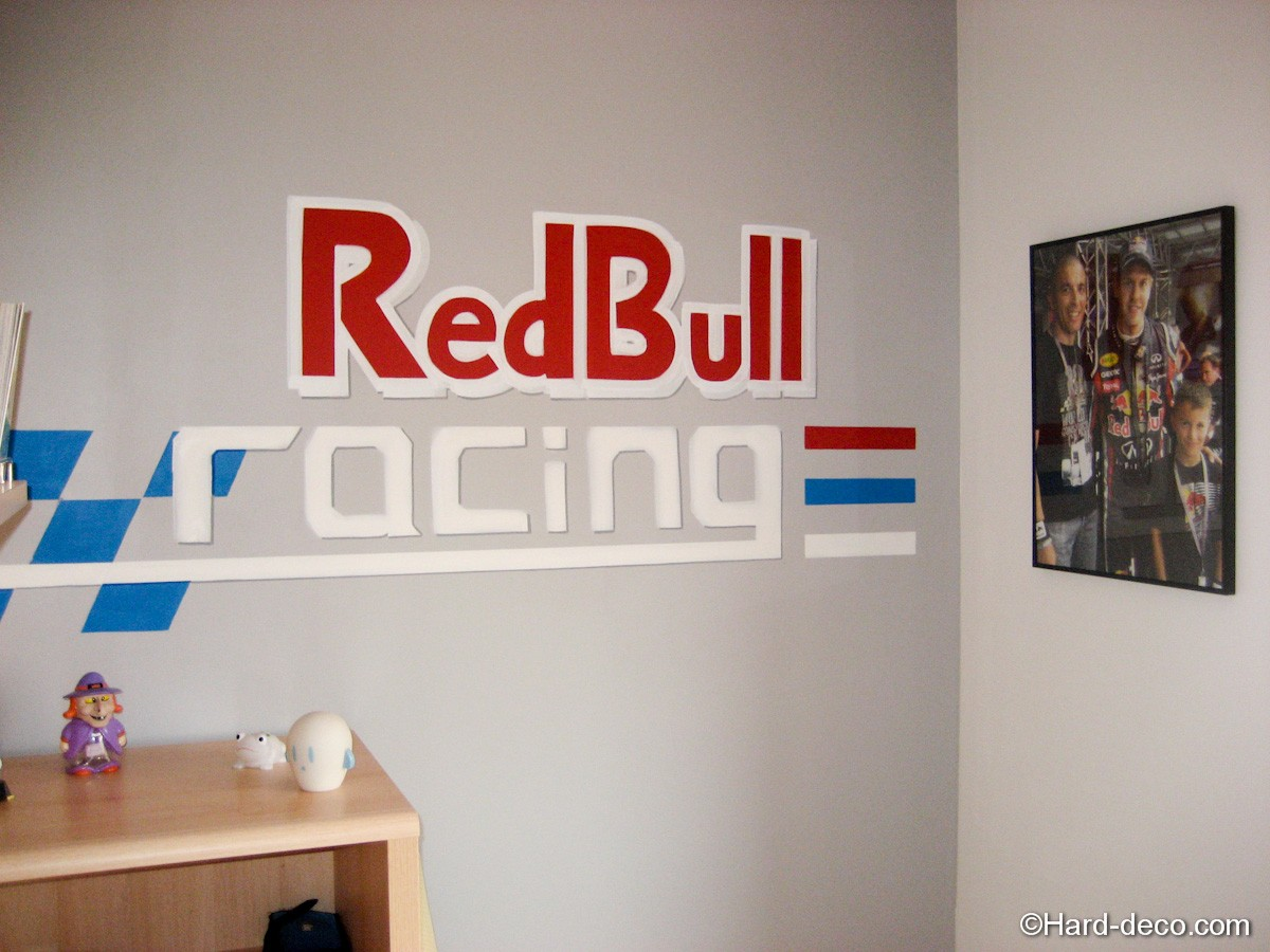 graffiti red bull racing