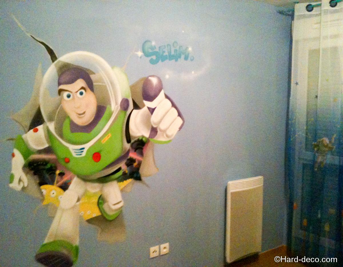 Deco Buzz l'éclair pour une chambre de garçon  Hard Deco
