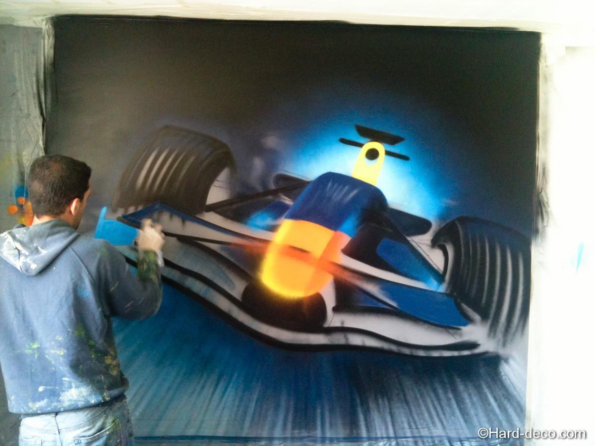 graffiti f1 en cours de réalisation
