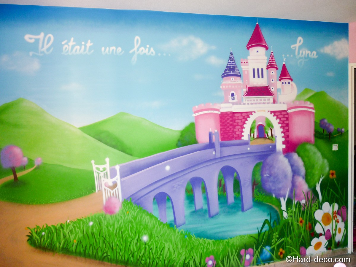 Chambre princesse lyna hard deco for Chambre fille princesse