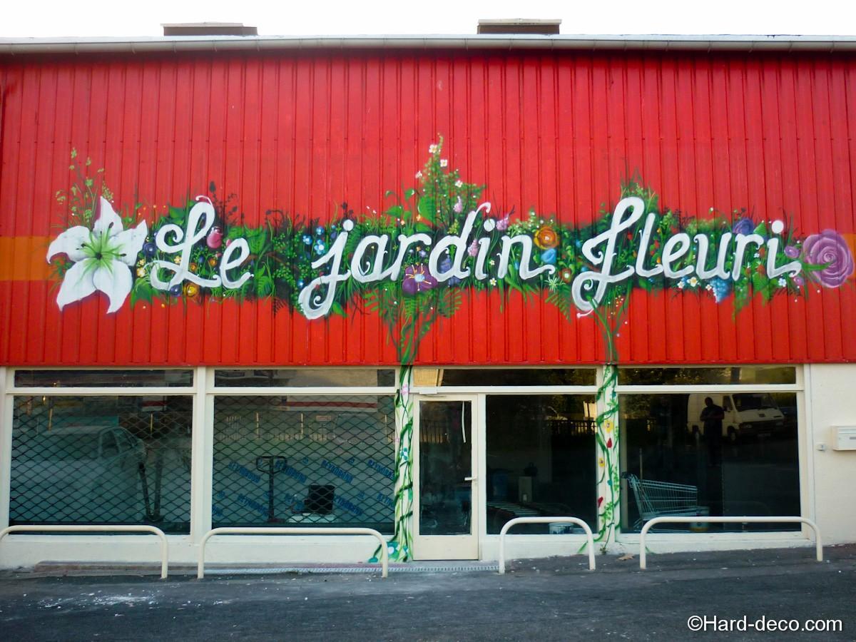 Décor de façade Boutique : Le jardin fleuri