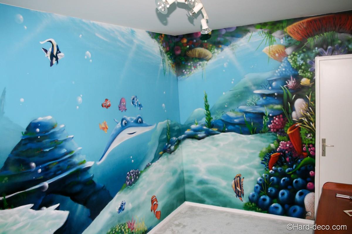 d coration graffiti sur le th me fond marin et nemo. Black Bedroom Furniture Sets. Home Design Ideas