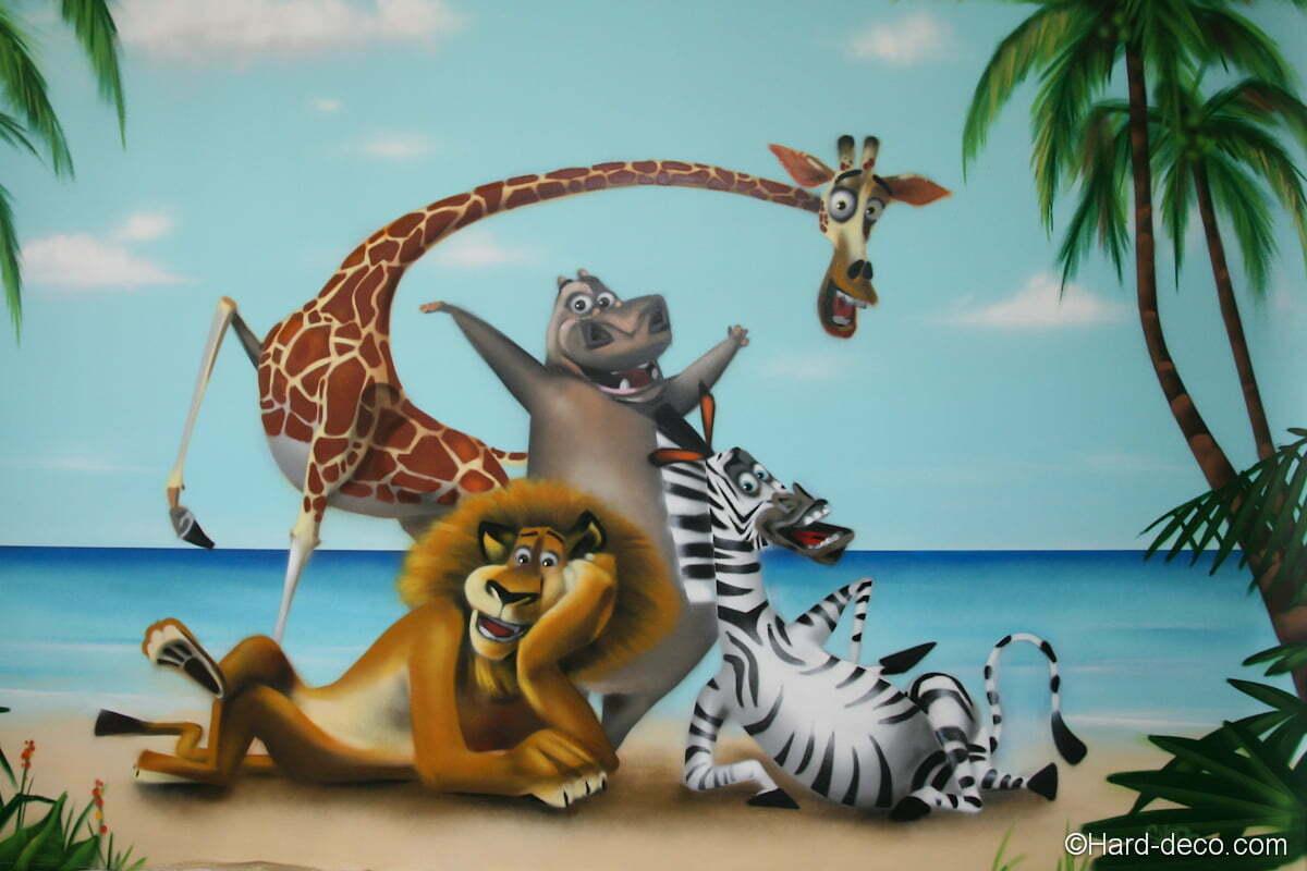 Fresque d co sur le th me de madagascar et ses personnages - Girafe dans madagascar ...