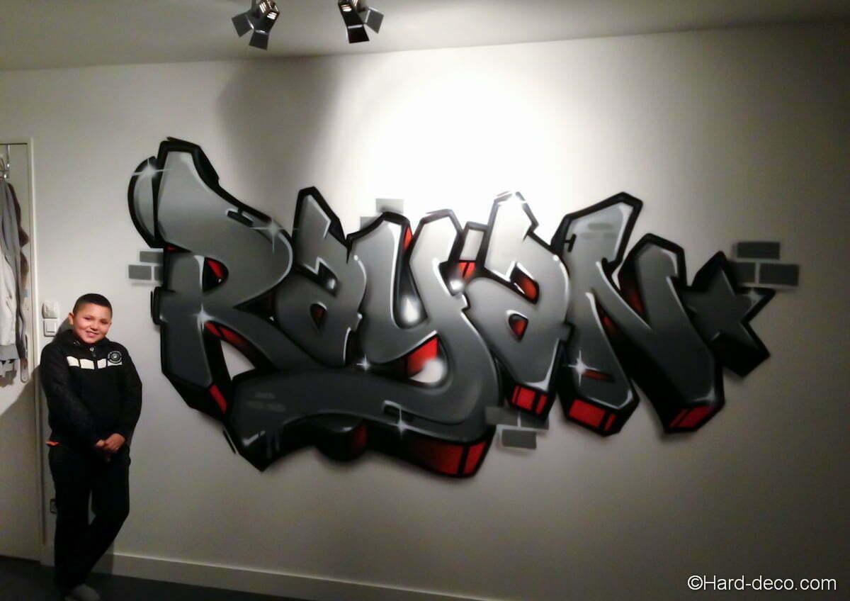 graffiti chambre rayan hard deco. Black Bedroom Furniture Sets. Home Design Ideas