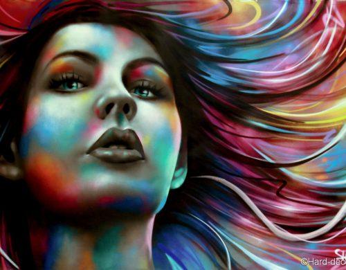 Portrait féminin coloré