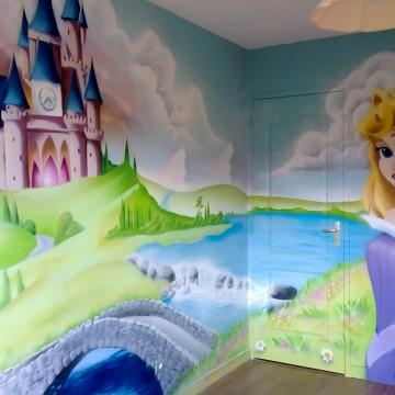 Fresques, décors muraux et graffitis pour chambre de filles