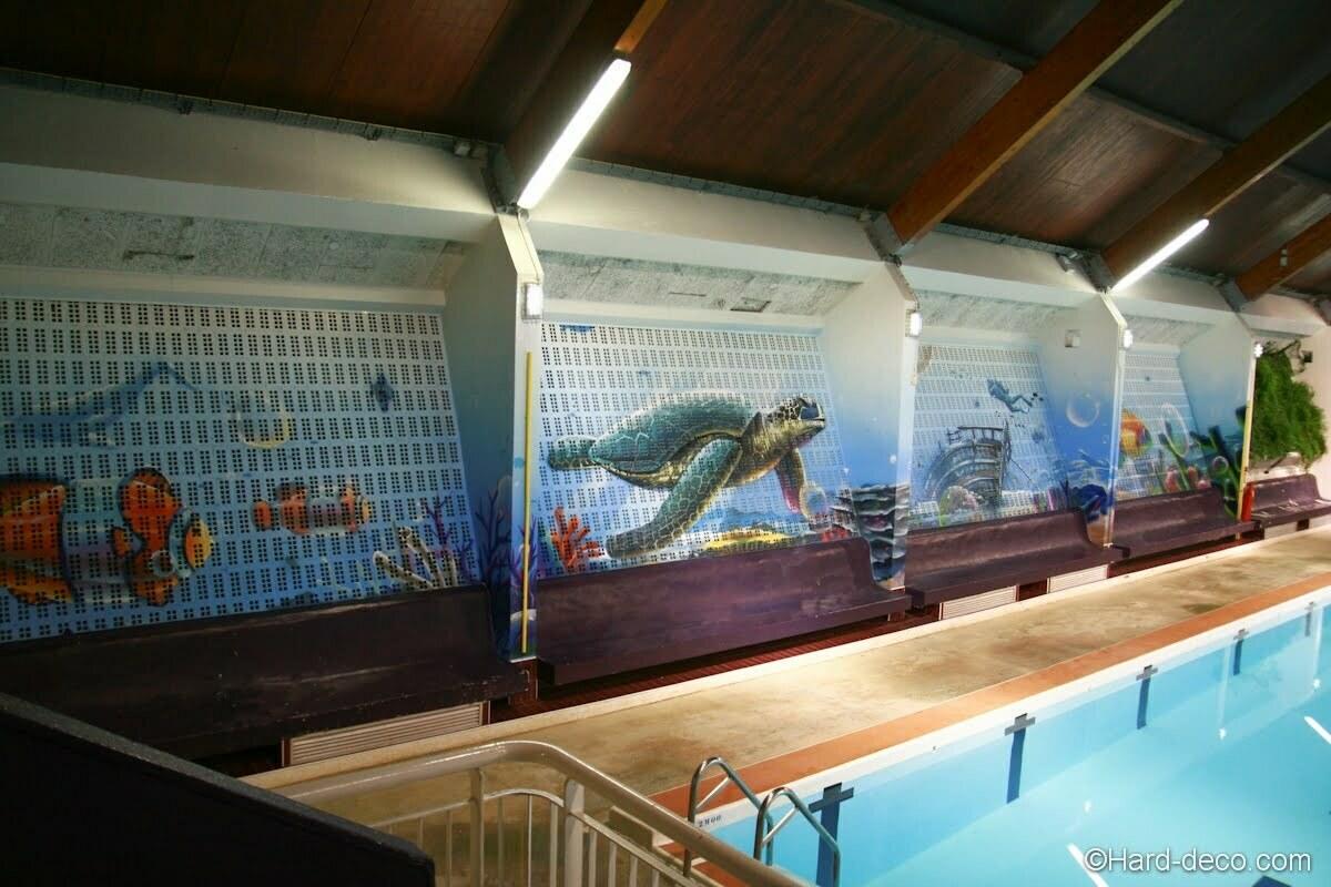Décor sous-marin réalisé pour la piscine de Corbeil-Essonnes