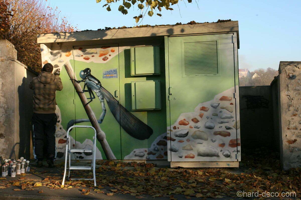 fresques d cos sur les transformateurs edf de villevaud. Black Bedroom Furniture Sets. Home Design Ideas