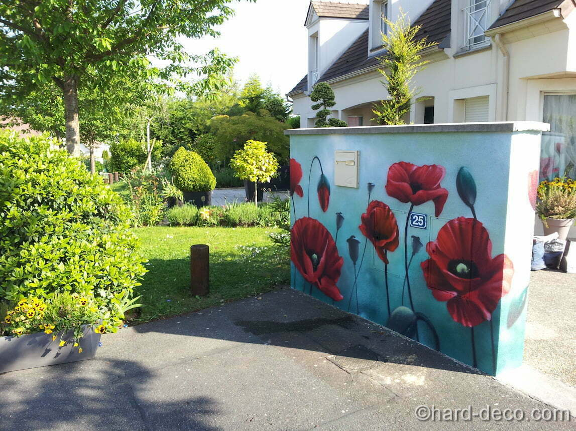 Murs de jardin terrasses d coration graffiti hard deco for Decorer mur exterieur