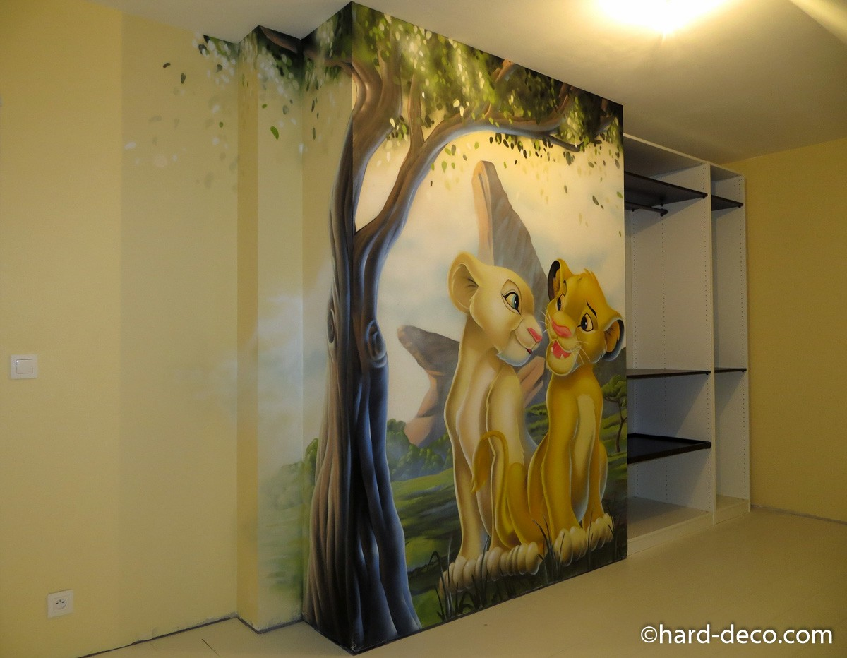 fresque murale r alis e sur le th me disney roi lion. Black Bedroom Furniture Sets. Home Design Ideas