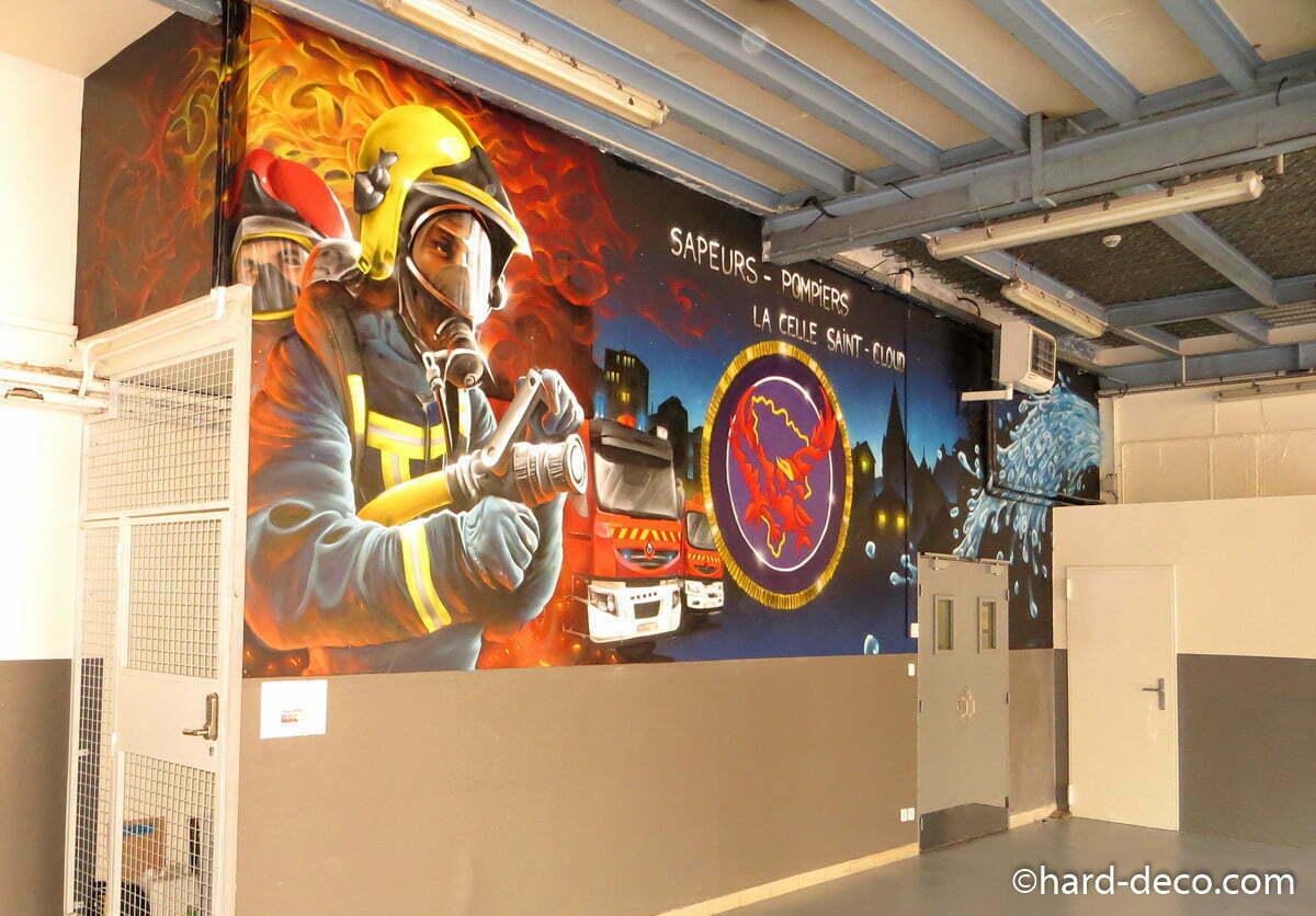 fresque murale graffiti pour caserne de sapeurs pompiers. Black Bedroom Furniture Sets. Home Design Ideas