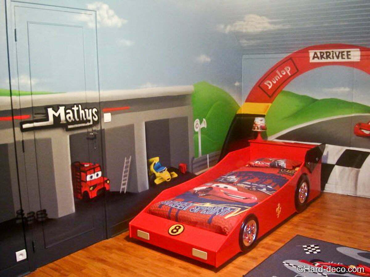 Chambre Cars avec circuit  Hard Deco