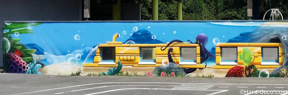 Préférence Fresque dans une cours d'école maternelle : Train sous marin BG71