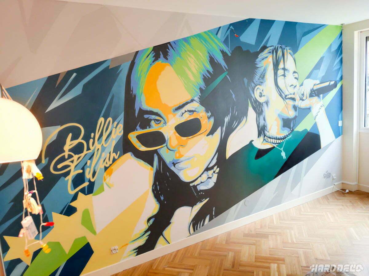 Fresque Billie Eillish pour une chambre d'ado