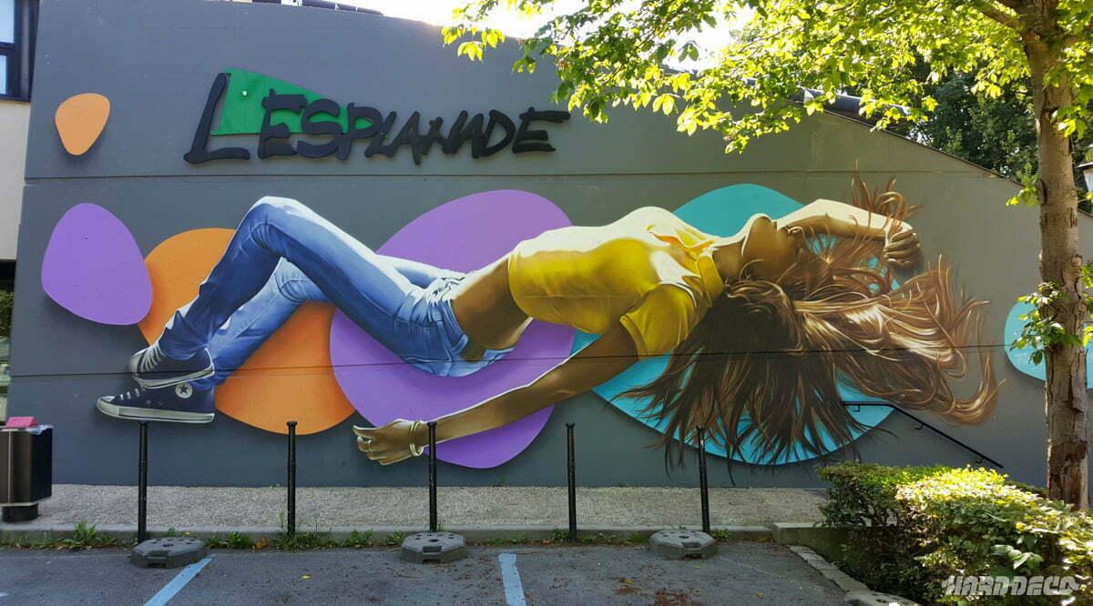 Fresque murale décorative extérieure à L'esplanade
