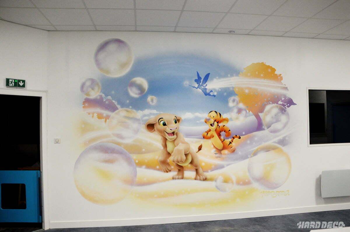 Fresque nala et Tigrou sur un mur de centre de loisirs