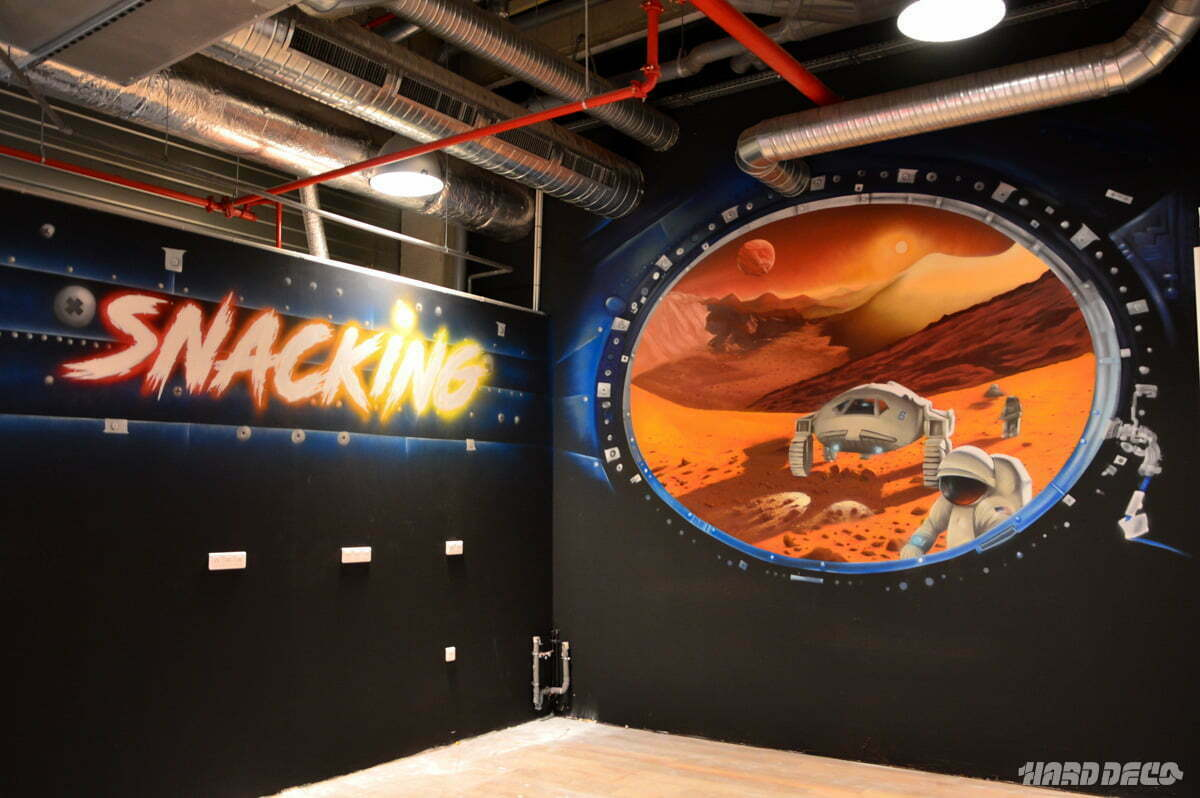 Fresque hublot Mars au snaking d'un Galaxy Space